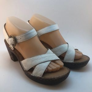 Born White Leather Strappy Heels Sandals Size 7